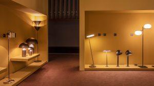 luce lampade da tavolo esposizione